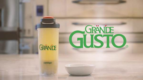 Grande Gusto shaker and bowl