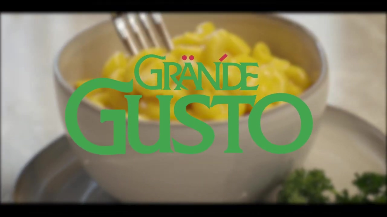 Grande Gusto title over bowl of mac and cheese