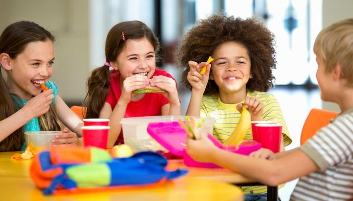 kids-eating-at-school.jpg